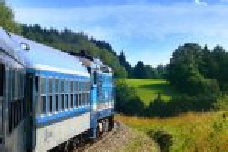 Aldershot Railway Line Powered by a Solar Farm