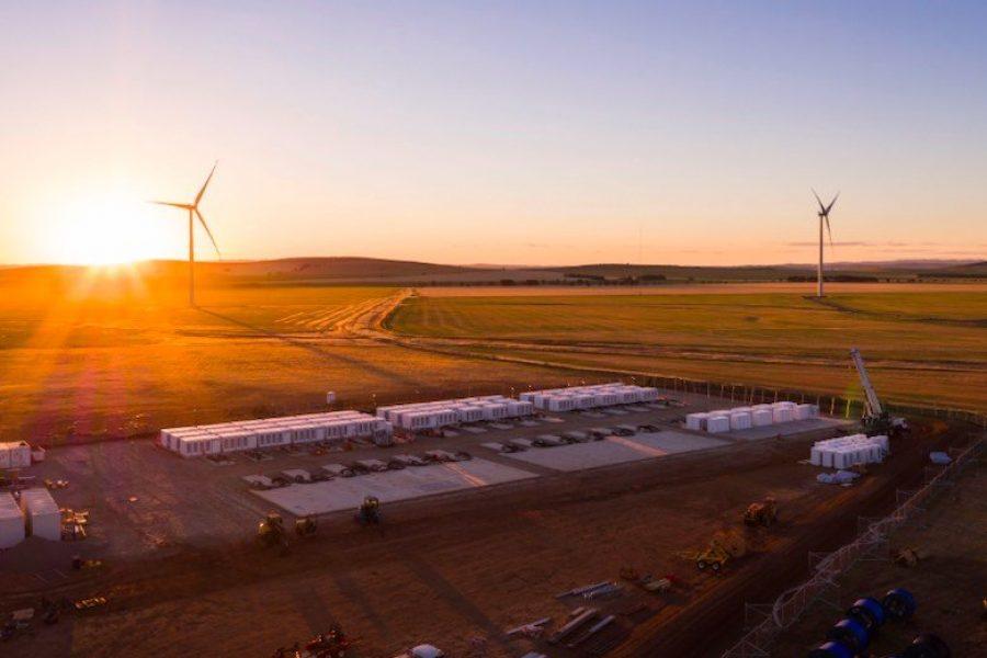 SA big batteries again steer state through interconnector dramas